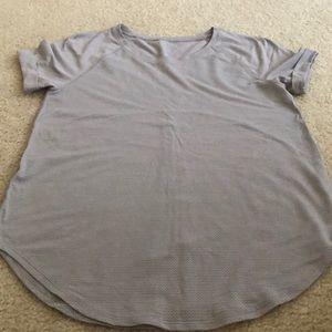 Lululemon tie back workout shirt